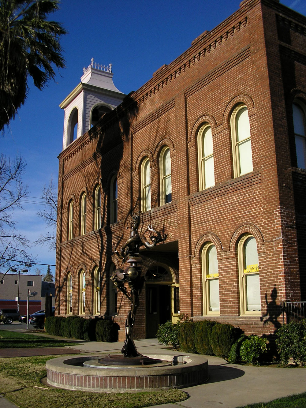 old-city-hall-redding-ca